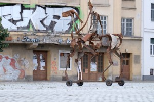 Eine Reiterfigur für den Huygensplatz by Christoph Hundhammer