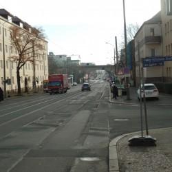 Ansicht Georg-Schumann-Straße von der Linkelstraße Richtung Viadukt vor dem Umbau