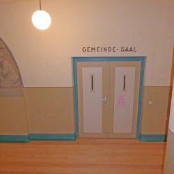 Erneuerter Dielenfußboden im Gemeindehaus der Sophienkirche in Möckern. Foto: Björn Hausmann Architektur