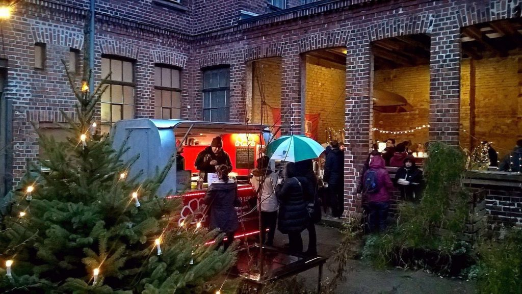 Stande Fur Den Weihnachtsmarkt Im Gohliser Wannenbad Gesucht
